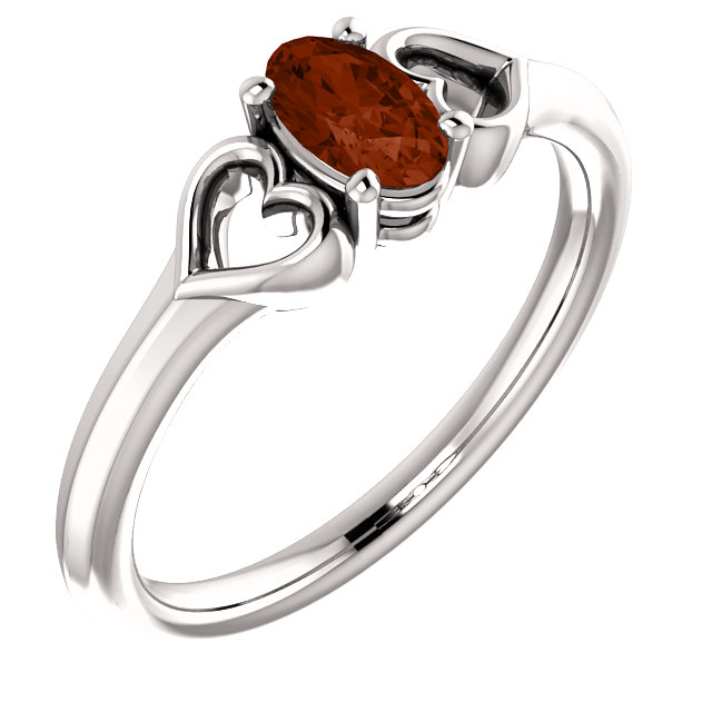 Easy Gift in 14 Karat White Gold Mozambique Garnet Youth Heart Ring