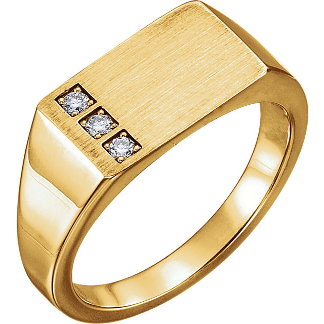 14 Karat Yellow Gold 0.10 Carat Diamond Signet Ring