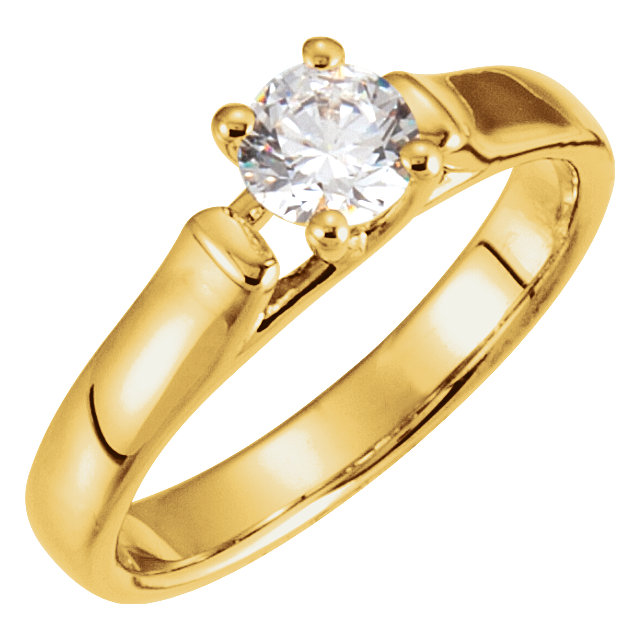 Fine Quality 14 Karat Yellow Gold 0.50 Carat Total Weight Diamond Solitaire Engagement Ring