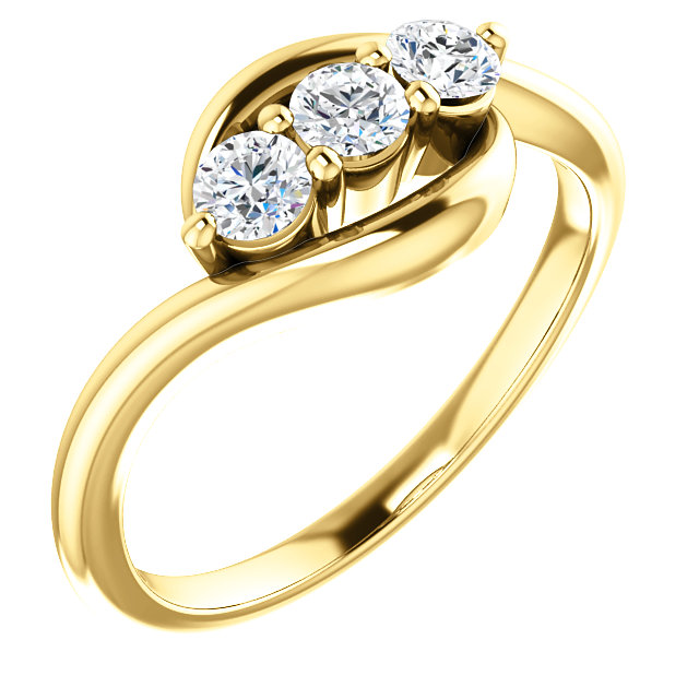 Quality 14 KT Yellow Gold 0.33 Carat TW Diamond Ring