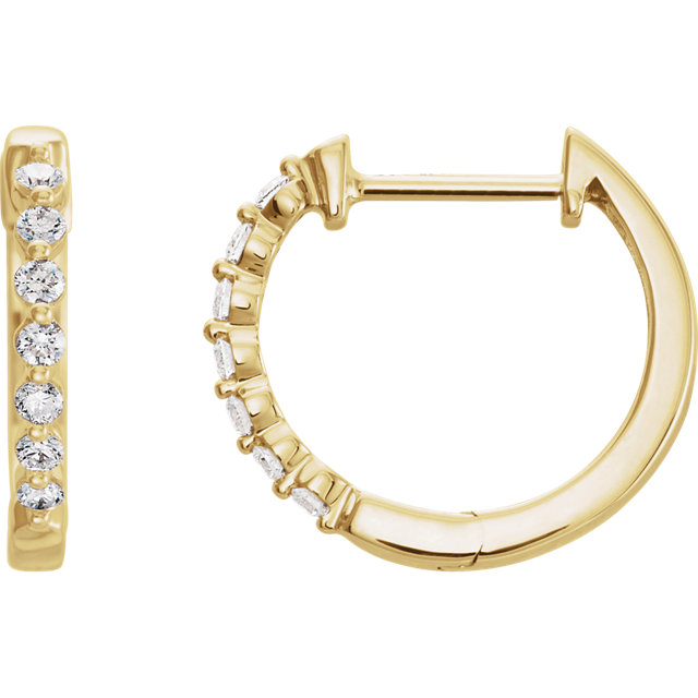 Great Deal in 14 Karat Yellow Gold 0.20 Carat Total Weight Diamond Hoop Earrings