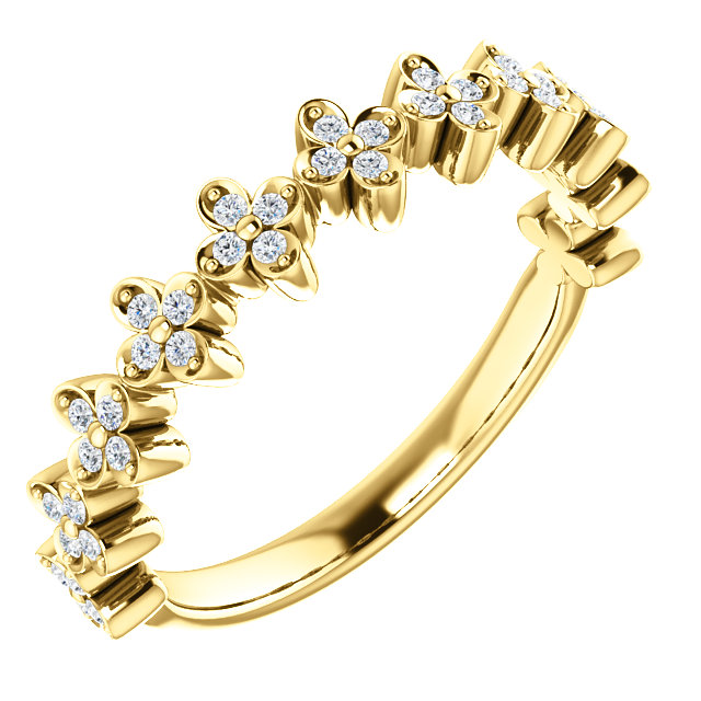 Contemporary 14 Karat Yellow Gold 0.20 Carat Total Weight Diamond Stackable Clover Ring