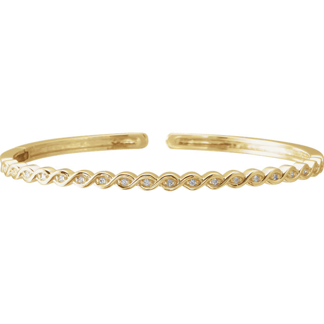 Perfect Jewelry Gift 14 Karat Yellow Gold 0.17 Carat Total Weight Diamond Stackable Bangle Bracelet