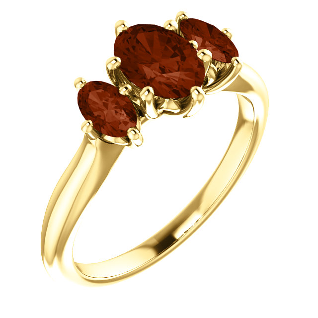 Must See 14 KT Yellow Gold 7x5mm Oval Garnet Ring