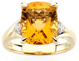 Appealing Jewelry in 14 Karat Yellow Gold Citrine & 0.17 Carat Total Weight Diamond Ring