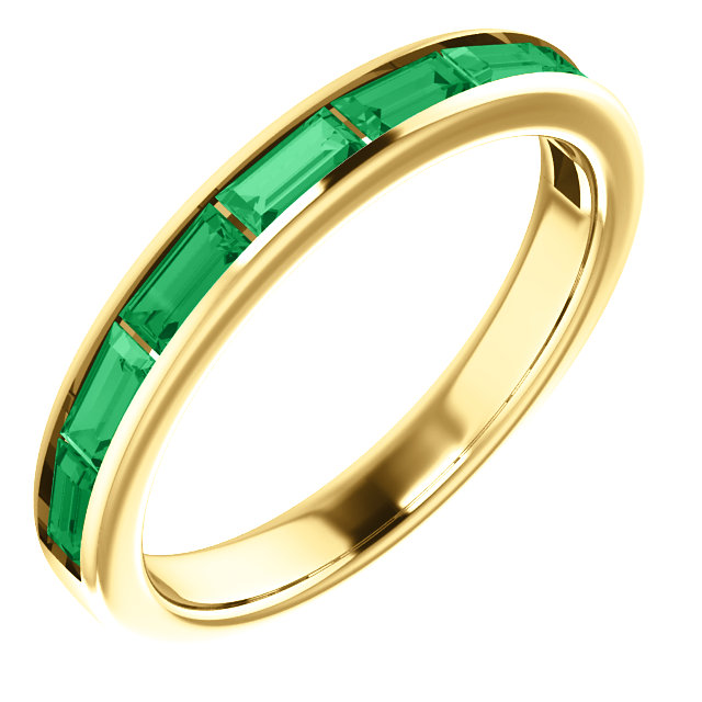 Appealing Jewelry in 14 Karat Yellow Gold Emerald Ring