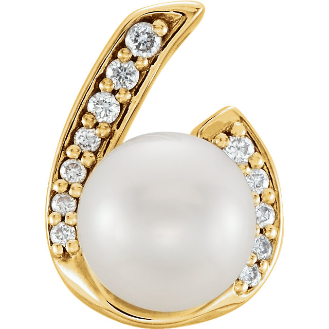 Appealing Jewelry in 14 Karat Yellow Gold Freshwater Cultured Pearl & .07 Carat Total Weight Diamond Pendant