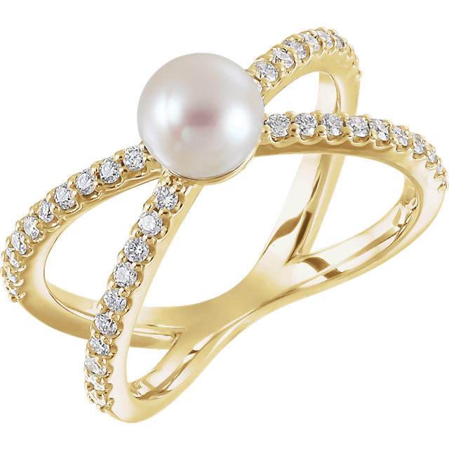 Low Price on 14 KT Yellow Gold Freshwater Cultured Pearl & 0.33 Carat TW Diamond Ring