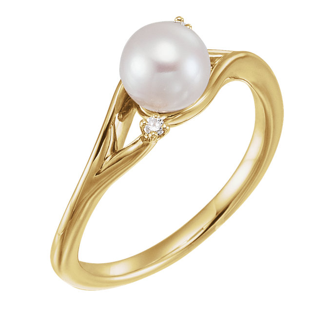 14 KT Yellow Gold Freshwater Pearl & .03 Carat TW Diamond Bypass Ring