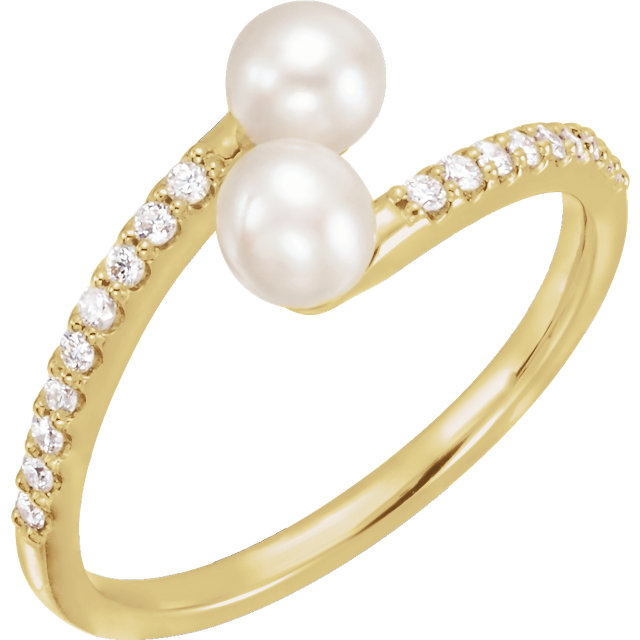 Contemporary 14 Karat Yellow Gold Freshwater Cultured Pearl & 0.17 Carat Total Weight Diamond Bypass Ring