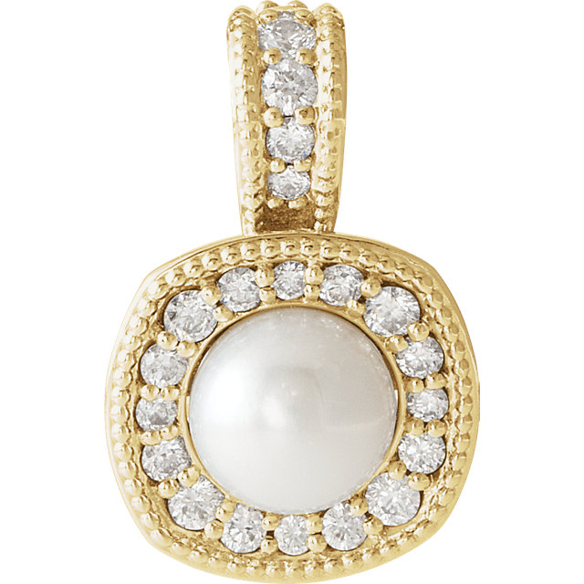 Appealing Jewelry in 14 Karat Yellow Gold White Freshwater Cultured Pearl & 0.25 Carat Total Weight Diamond Pendant