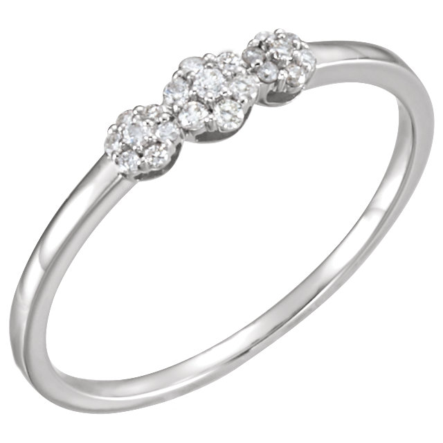 14 KT White Gold 1/10 Carat TW Diamond Ring