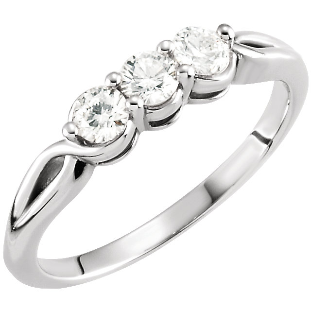 Fine Quality 14 Karat White Gold 0.50 Carat Total Weight Diamond Three-Stone Ring