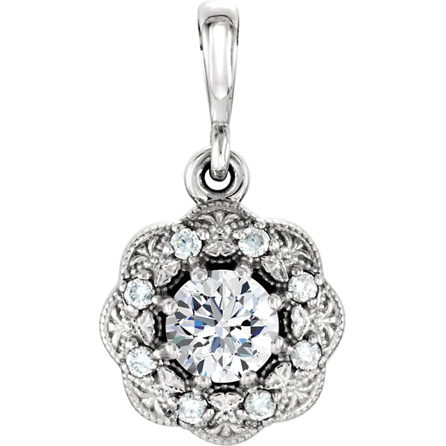 Gorgeous 14 Karat White Gold 0.33 Carat Total Weight Diamond Pendant