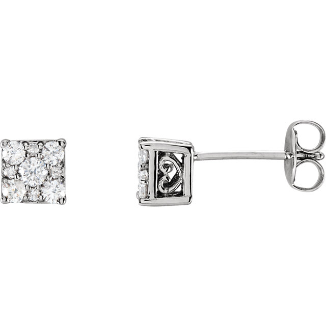 Beautiful 14 Karat White Gold 0.33 Carat Total Weight Diamond Stud Earrings