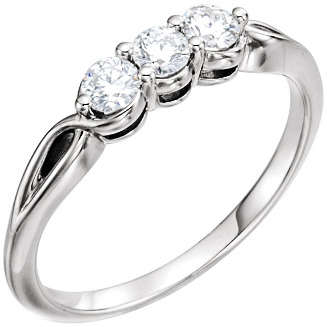 14 KT White Gold 0.33 Carat TW Diamond Three-Stone Ring