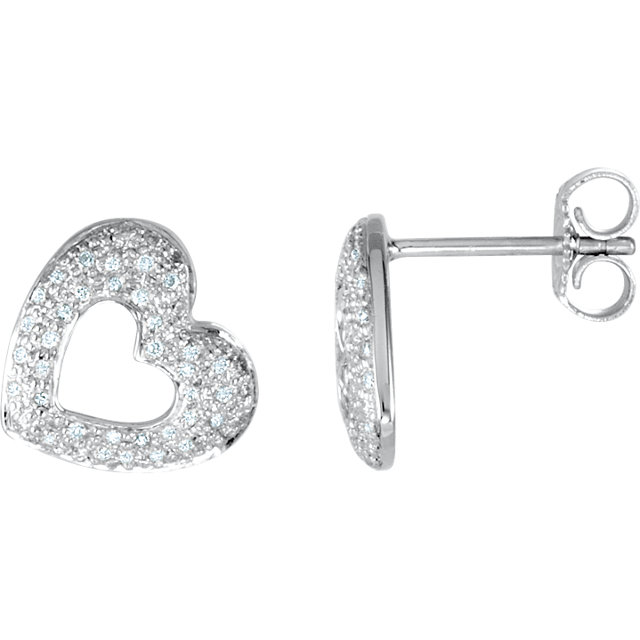 Chic 14 Karat White Gold 0.25 Carat Total Weight Diamond Heart Earrings