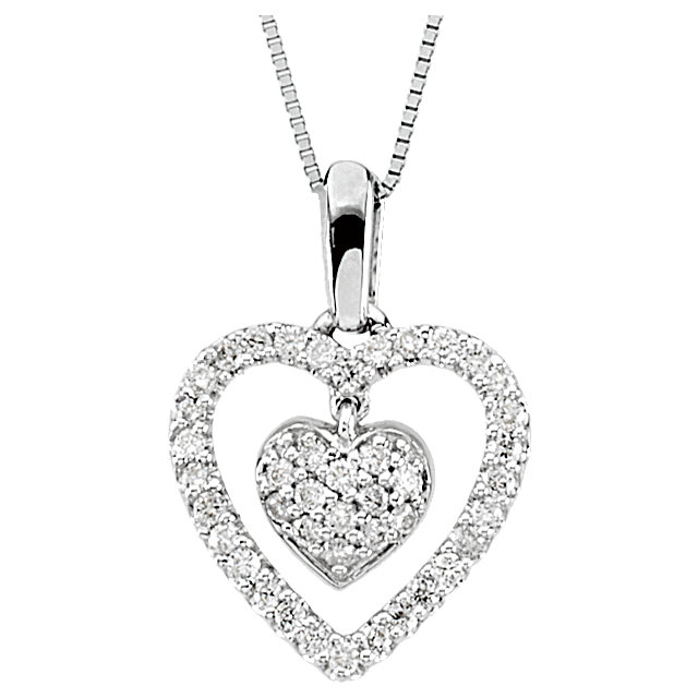 Stunning 14 Karat White Gold 0.25 Carat Total Weight Diamond Heart 18