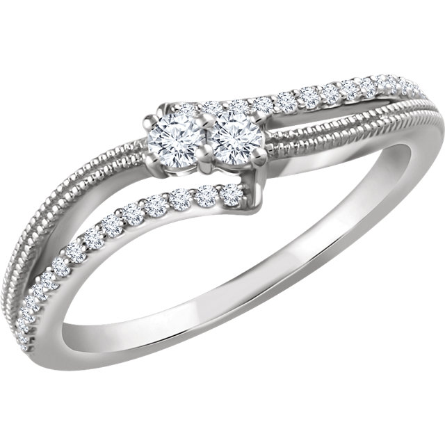 Fine Quality 14 Karat White Gold 0.25 Carat Total Weight Diamond Two-Stone Ring