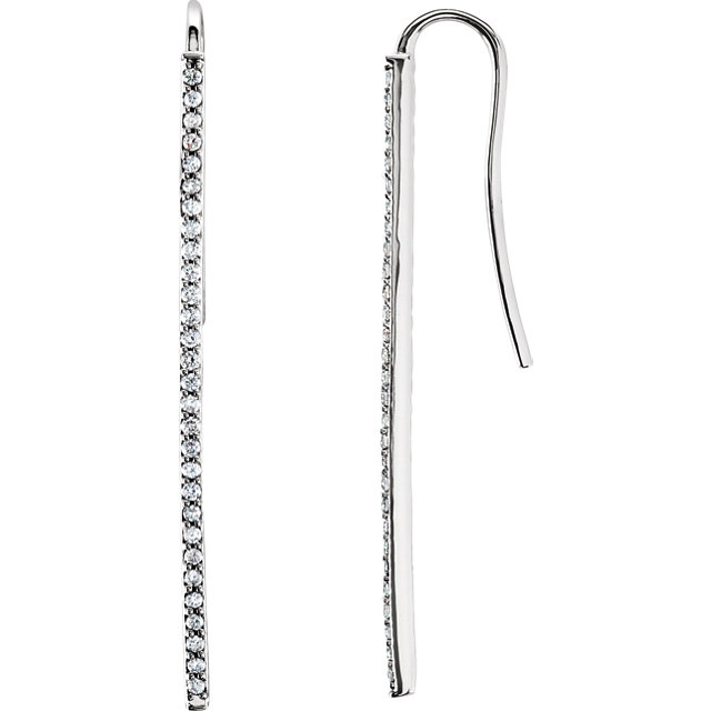 Eye Catchy 14 Karat White Gold 0.25 Carat Total Weight Diamond Vertical Bar Earrings
