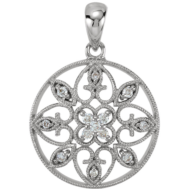 Eye Catchy 14 Karat White Gold 0.12 Carat Total Weight Diamond filigree Pendant