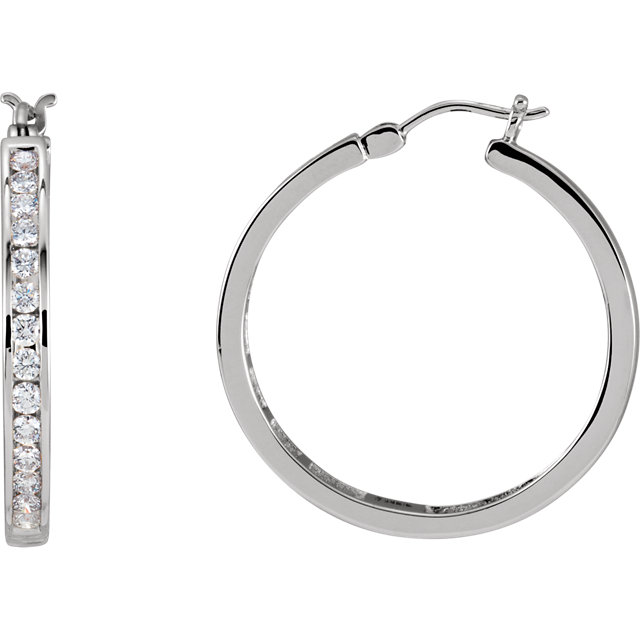 Gorgeous 14 Karat White Gold 1 Carat Total Weight Diamond Hoop Earrings