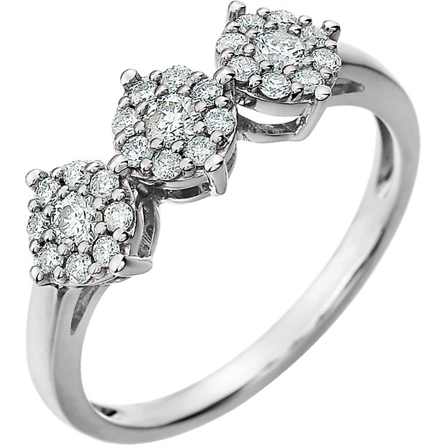 14 KT White Gold 3/8 Carat TW Diamond Cluster Ring