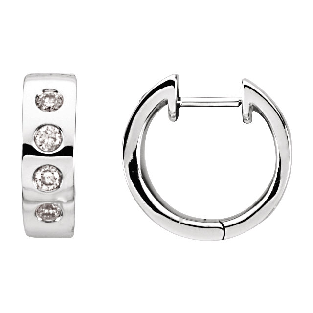 Gorgeous 14 Karat White Gold & Rhodium Plated 0.33 Carat Total Weight Diamond Earrings
