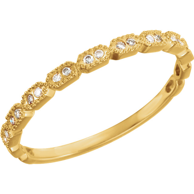 14 KT Yellow Gold .08 Carat TW Diamond Ring Size 7