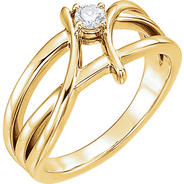 Contemporary 14 Karat Yellow Gold 0.12 Carat Diamond Ring