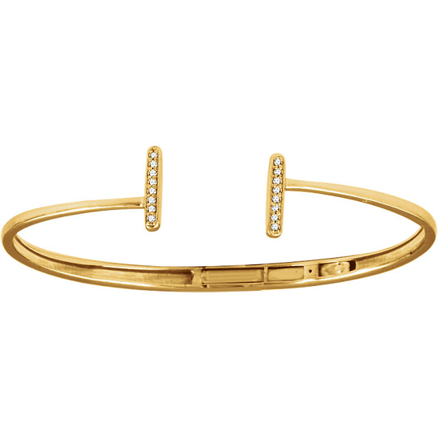 Striking 14 Karat Yellow Gold 1/6 Carat Total Weight Round Genuine Diamond Bar Hinged Cuff Bracelet