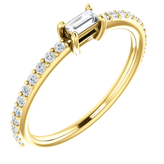 Excellent 14 Karat Yellow Gold 1/3 Carat Total Weight Straight Baguette Genuine Diamond Ring