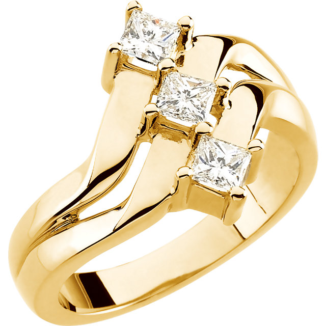 Perfect Jewelry Gift 14 Karat Yellow Gold 0.60 Carat Total Weight Diamond Right Hand Ring