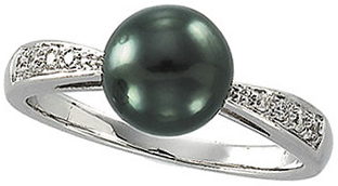 Chic 14 Karat White Gold 0.10 Carat Total Weight Diamond & Tahitian Pearl Ring