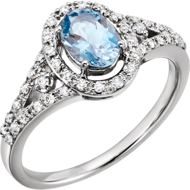 Stunning 14 Karat White Gold 0.25 Carat Total Weight Diamond & Aquamarine Ring
