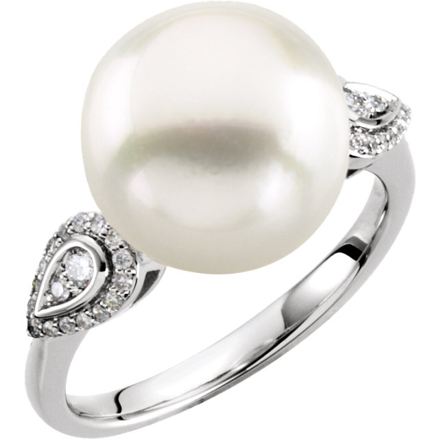 Low Price on 14 KT White Gold 12mm South Sea Cultured Pearl & 0.17 Carat TW Diamond Ring