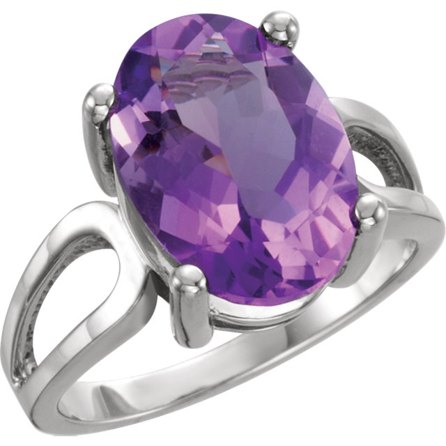 Fine 14 KT White Gold 14x10mm Oval Amethyst Ring