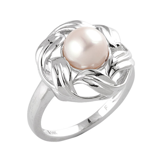 Fine Quality 14 Karat White Gold 8mm Freshwater Cultured Pearl Fashion Ring