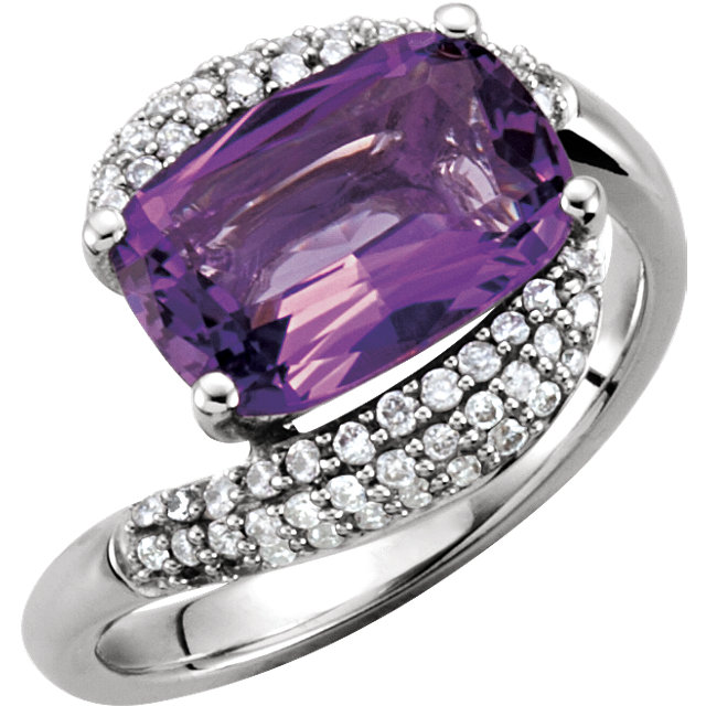 Perfect Gift Idea in 14 Karat White Gold Amethyst & 0.40 Carat Total Weight Diamond Ring