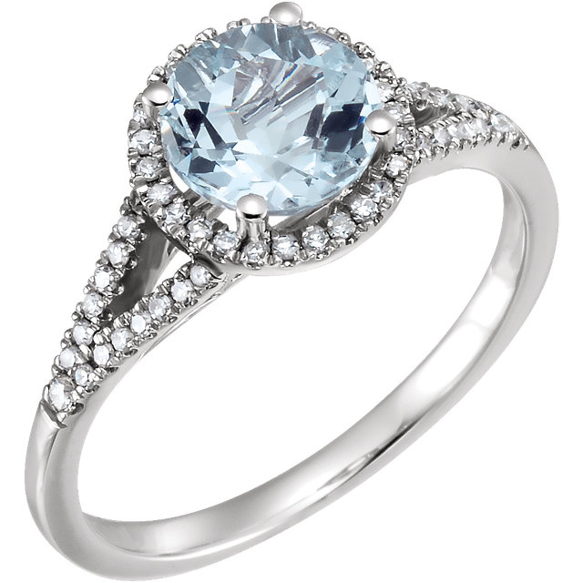 Stunning 14 Karat White Gold Aquamarine & 0.20 Carat Total Weight Diamond Ring