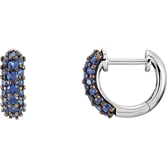 Very Nice 14 Karat White Gold Blue Sapphire Earrings