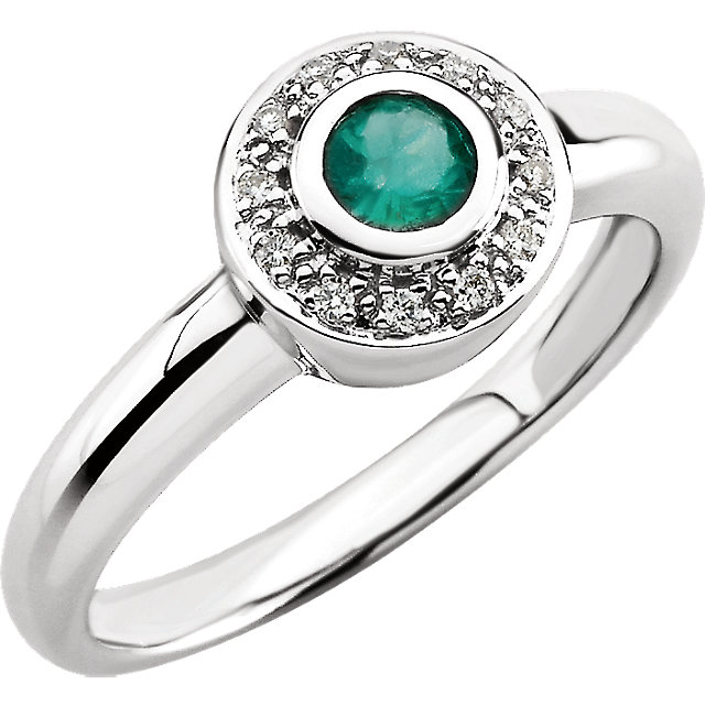Chic 14 Karat White Gold Emerald & .06 Carat Total Weight Diamond Ring