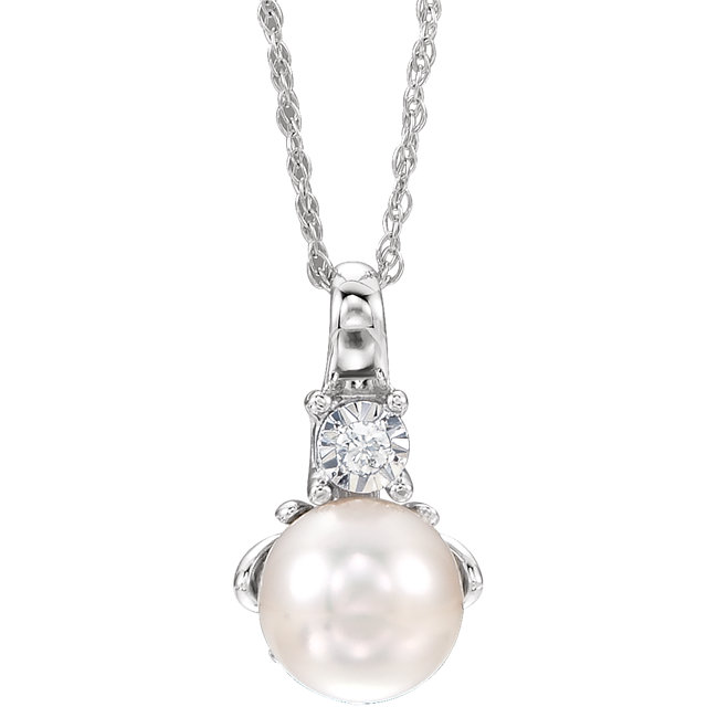 Fine 14 KT White Gold Freshwater Cultured Pearl & .02Carat TW Diamond 18