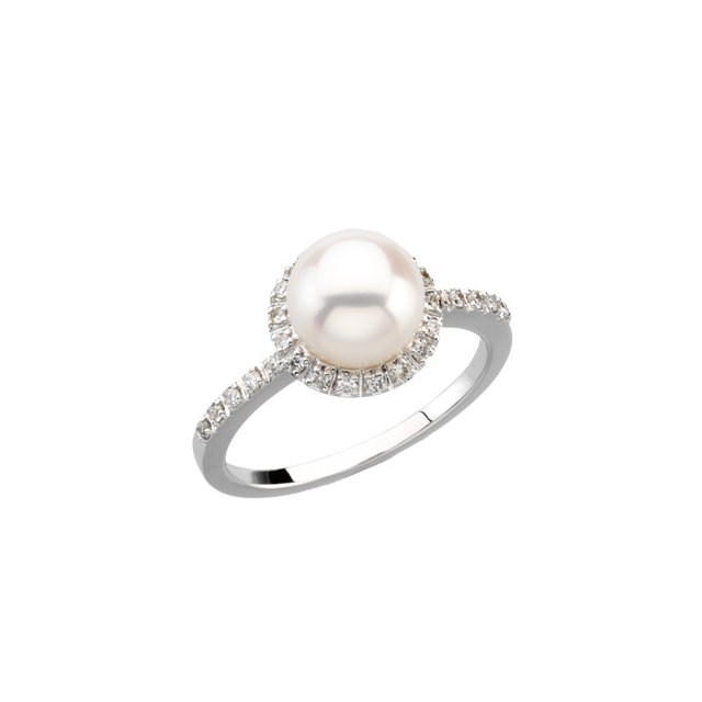 Perfect Jewelry Gift 14 Karat White Gold Freshwater Cultured Pearl & 0.20 Carat Total Weight Diamond Ring