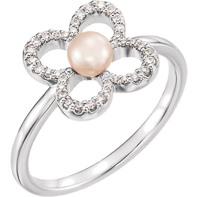 Great Deal in 14 Karat White Gold Freshwater Cultured Pearl & 0.17 Carat Total Weight Diamond Ring