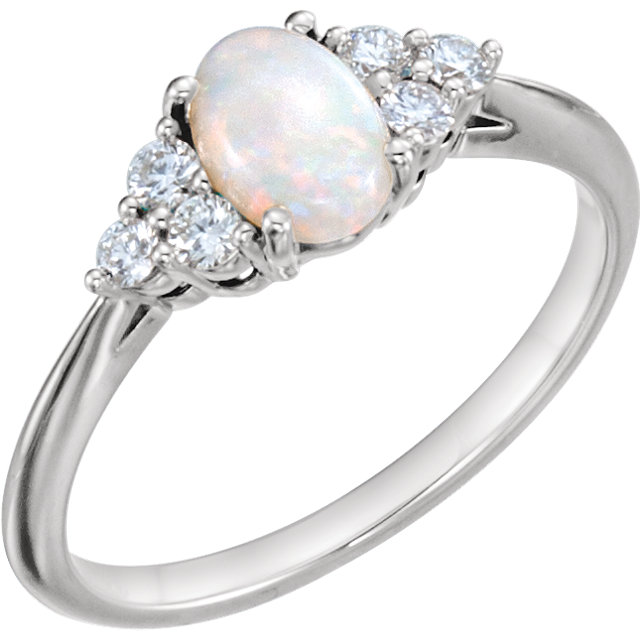 Fine Quality 14 Karat White Gold Opal & 0.20 Carat Total Weight Diamond Ring