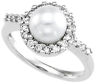 14KT White Gold Pearl & 1/3 Carat Total Weight Diamond Ring Size 4.5