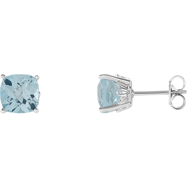 Beautiful 14 Karat White Gold Sky Blue Topaz Earrings