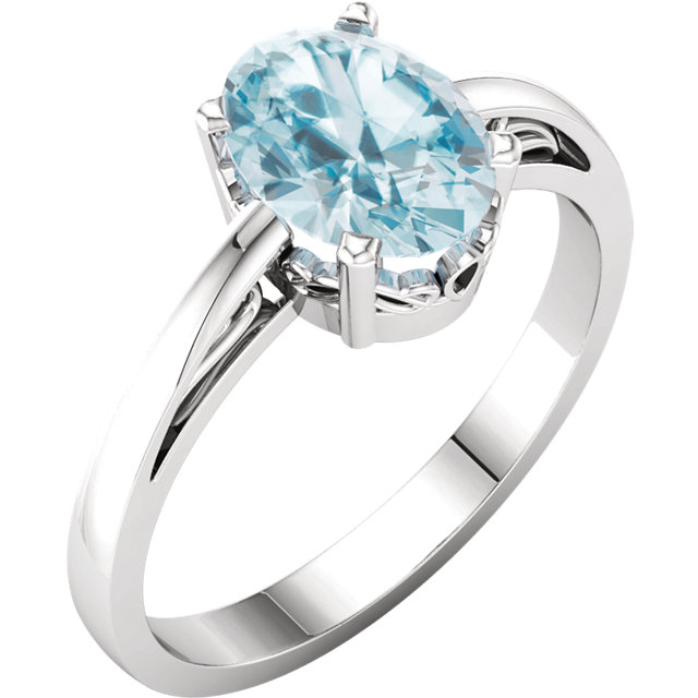 Gorgeous 14 Karat White Gold Oval Genuine Sky Blue Topaz Ring
