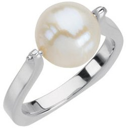 14KT White Gold South Sea Cultured Pearl Ring Size 7